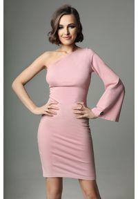 Madnezz - Sukienka Hellish Ellie - dirty pink. Materiał: bawełna, dzianina, elastan. Wzór: aplikacja. Typ sukienki: dopasowane. Styl: elegancki