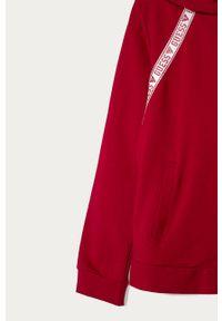 Różowa bluza rozpinana Guess Jeans z kapturem, z nadrukiem, casualowa, na co dzień
