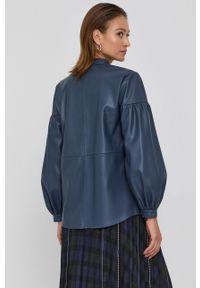 Beatrice B - Koszula. Okazja: na co dzień. Kolor: niebieski. Materiał: tkanina. Długość rękawa: długi rękaw. Długość: długie. Wzór: gładki. Styl: casual