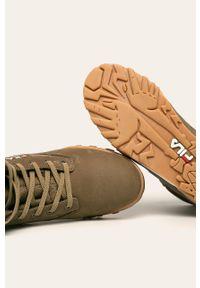 Zielone sneakersy Fila na sznurówki, z cholewką