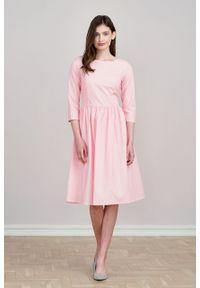 Marie Zélie - Sukienka Melania różowa w groszki. Kolor: różowy. Materiał: bawełna, skóra, materiał. Długość rękawa: krótki rękaw. Wzór: grochy