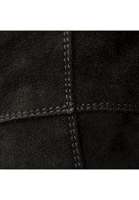 Czarne kozaki Nessi z cholewką, na obcasie, na średnim obcasie