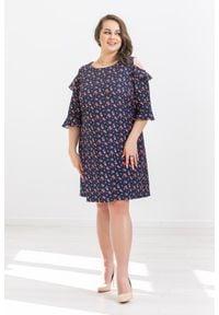 Sukienka Moda Size Plus Iwanek na wiosnę, z falbankami, casualowa, oversize