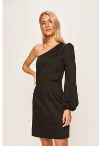 Czarna sukienka TwinSet z asymetrycznym kołnierzem, mini, na co dzień