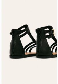 Czarne sandały Aldo bez obcasa, z okrągłym noskiem, na klamry