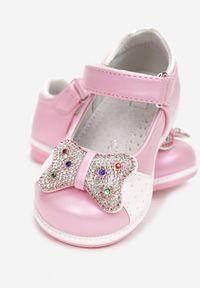 Born2be - Różowe Balerinki Calyphanea. Wysokość cholewki: przed kostkę. Nosek buta: okrągły. Zapięcie: rzepy. Kolor: różowy. Szerokość cholewki: normalna. Wzór: nadruk. Sezon: lato