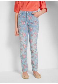 Niebieskie jeansy bonprix w kwiaty, na lato