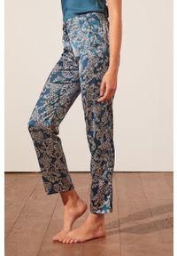 Etam - Spodnie piżamowe Baho. Kolor: zielony