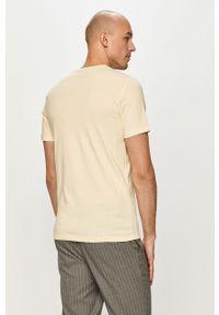 Żółty t-shirt Jack & Jones z nadrukiem, casualowy