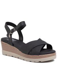 Czarne sandały Xti