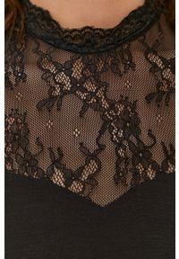 Czarna bluzka Pieces bez rękawów, ze stójką, gładkie