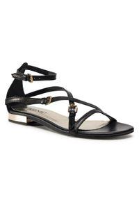 Czarne sandały Carinii casualowe, na co dzień