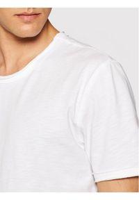 Only & Sons T-Shirt Benne 22017822 Biały Regular Fit. Kolor: biały