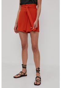 Vila - Szorty. Kolor: pomarańczowy. Materiał: tkanina. Wzór: gładki