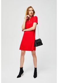Czerwona sukienka MOODO