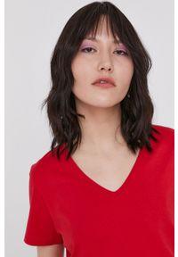 medicine - Medicine - T-shirt Basic. Kolor: czerwony. Materiał: bawełna, dzianina, włókno. Wzór: gładki