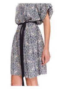 Beżowa sukienka TOP SECRET na jesień, na co dzień, z krótkim rękawem, casualowa