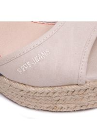 Beżowe sandały Pepe Jeans na co dzień, casualowe