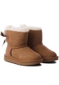 Brązowe śniegowce Ugg z aplikacjami, z cholewką, na spacer