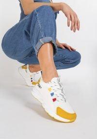 Renee - Biało-Żółte Sneakersy Aegadah. Kolor: żółty. Materiał: materiał