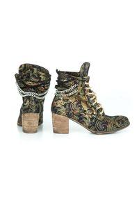 Zapato - sznurowane botki na obcasie - skóra naturalna - model 451 - kolor złota mozaika. Wysokość cholewki: za kostkę. Kolor: złoty. Materiał: skóra. Sezon: wiosna, zima, jesień. Obcas: na obcasie. Styl: rockowy, klasyczny, elegancki, boho. Wysokość obcasa: średni