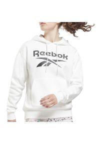 Reebok Identity Logo Fleece Hoodie > GS9390. Okazja: na co dzień. Typ kołnierza: kaptur. Materiał: bawełna, polar, poliester. Wzór: aplikacja. Styl: klasyczny, casual