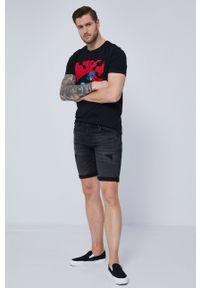 """medicine - Medicine - T-shirt by """"Krabonszcz"""" – Nikodem Szewczyk, Grafika Polska. Kolor: czarny. Materiał: bawełna, dzianina, włókno. Wzór: nadruk"""