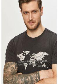 Szary t-shirt Jack Wolfskin na co dzień, casualowy, z nadrukiem