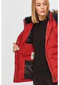 Czerwona kurtka Pepe Jeans na co dzień, z kapturem, casualowa