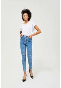 MOODO - Jeansy extra high waist z przetarciami. Stan: podwyższony. Długość: długie. Wzór: gładki