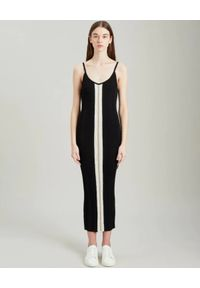 PALM ANGELS - Dopasowana sukienka na ramiączkach. Kolor: czarny. Materiał: dzianina, prążkowany. Długość rękawa: na ramiączkach. Wzór: paski. Długość: maxi