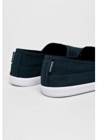 Lacoste - Tenisówki. Nosek buta: okrągły. Kolor: niebieski. Materiał: guma