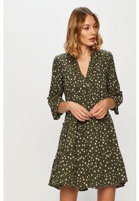 Zielona sukienka Vero Moda mini, prosta, casualowa