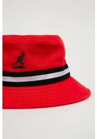 Czerwony kapelusz Kangol
