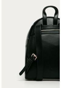 Czarny plecak Love Moschino z nadrukiem