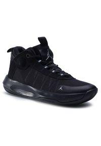 Czarne buty do koszykówki Jordan