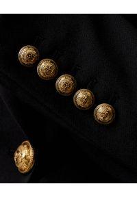 Balmain - BALMAIN - Wełniana marynarka ze złotymi guzikami. Kolor: czarny. Materiał: wełna. Wzór: aplikacja. Styl: elegancki #6