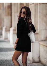 IVON - Dresowy Komplet Bluza + Trapezowa Mini Spódnica. Materiał: dresówka