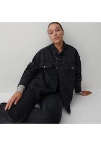 Reserved - Jeansowa koszula - Czarny. Kolor: czarny. Materiał: jeans