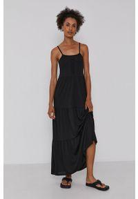 Jacqueline de Yong - Sukienka. Okazja: na co dzień. Kolor: czarny. Materiał: dzianina. Długość rękawa: na ramiączkach. Wzór: gładki. Typ sukienki: proste. Styl: casual