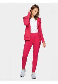 Różowe spodnie dresowe outhorn do kostek