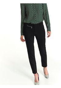 TOP SECRET - Spodnie długie damskie cygaretki. Okazja: do pracy. Kolor: czarny. Materiał: materiał. Długość: długie. Sezon: wiosna, zima, jesień. Styl: elegancki
