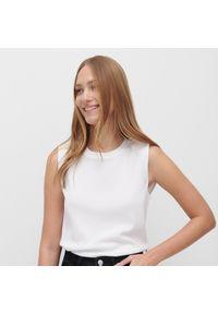 Biała bluzka Reserved bez rękawów