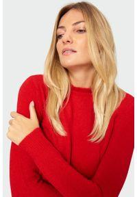 Czerwony sweter Greenpoint