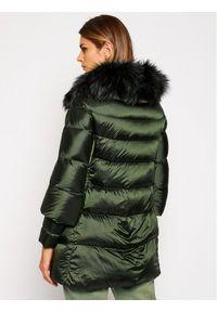 Zielona kurtka puchowa Hetrego
