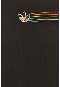 Czarny t-shirt adidas Originals na co dzień, z aplikacjami