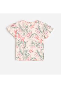 Różowy t-shirt Reserved w kolorowe wzory