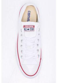 Białe tenisówki Converse z cholewką, z okrągłym noskiem, na obcasie, na średnim obcasie