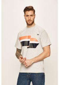 Szary t-shirt adidas Originals na co dzień, casualowy