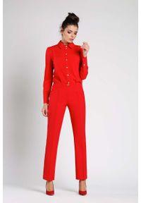 Czerwone spodnie z wysokim stanem Nommo klasyczne